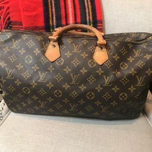 🌷SOLD🌷Authentic Louis Vuitton speedy 40